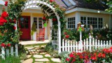 Палисадник своими руками – украшение дома