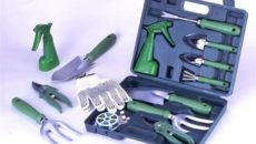 Инструмент садовода – что должно быть в наборе?